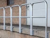 Garde-corps de rampe de chargement